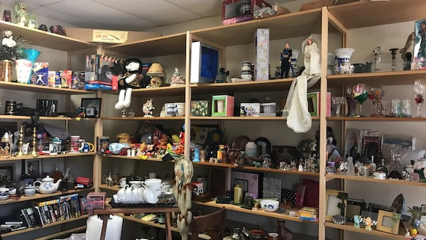 Vintage Collectibles Items